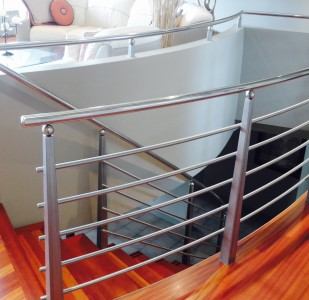 Residential Stainless Railing